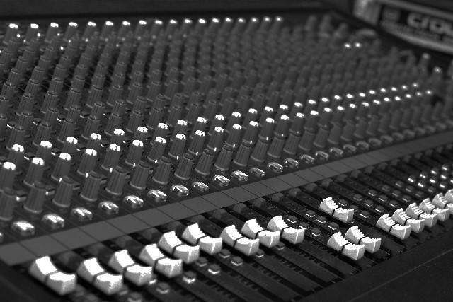 音響機器イメージ